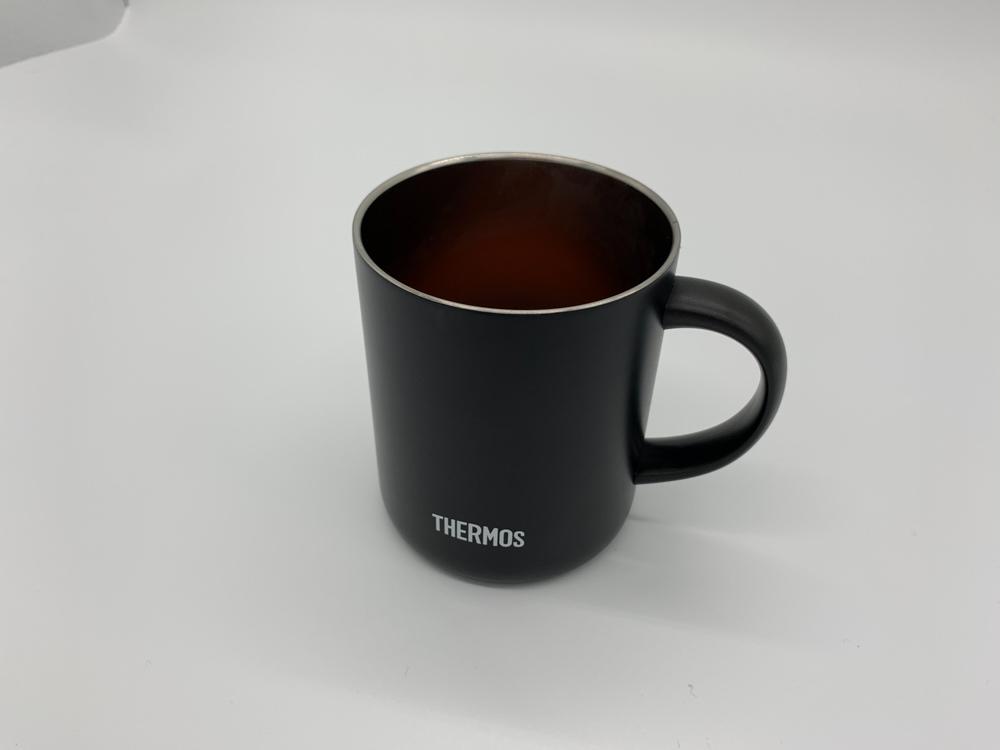 サーモスマグカップ
