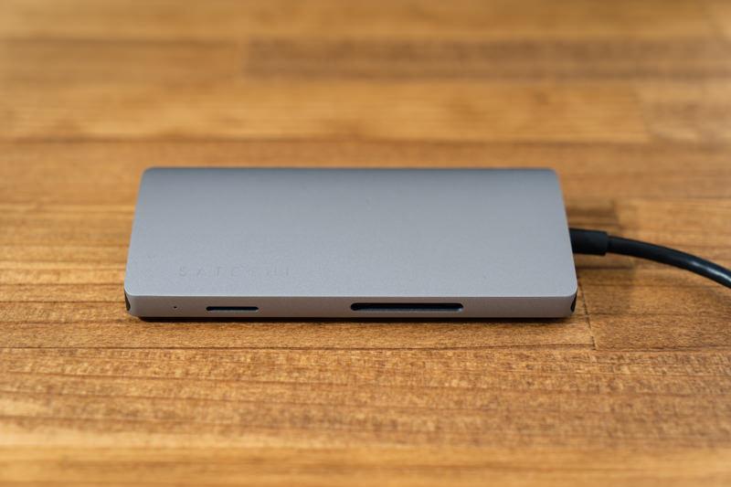 Satechi V2 マルチ USB Type-Cハブ 外観 01